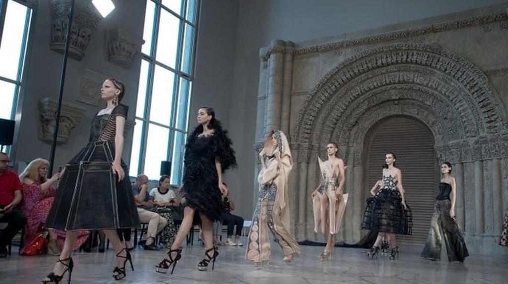 Models present at Guo Pei 2018/2019 Paris Haute Couture Fashion Week