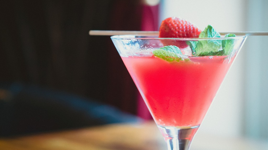 Find some refreshing cocktails at Helsinki's bars and pubs