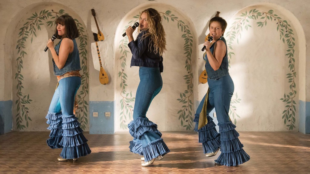 Young Donna and the Dynamos sing up a storm in 'Mamma Mia! Here We Go Again'