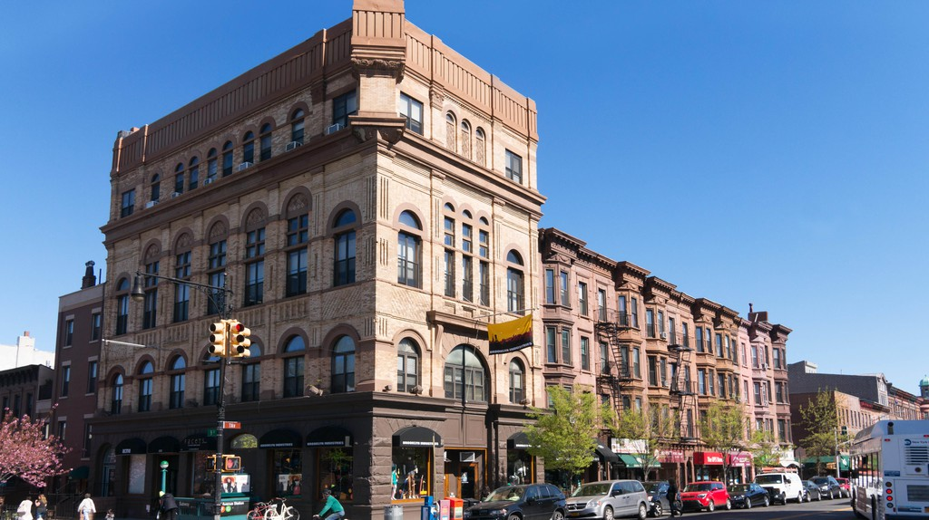 7th Avenue corner 9th Street Brooklyn Industries building, New York