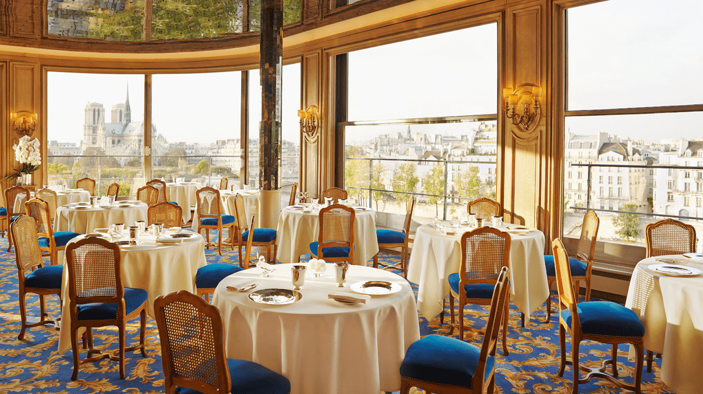 La Tour d'Argent is an iconic luxury restaurant steeped in history | © Herminie Philippe / La Tour d'Argent