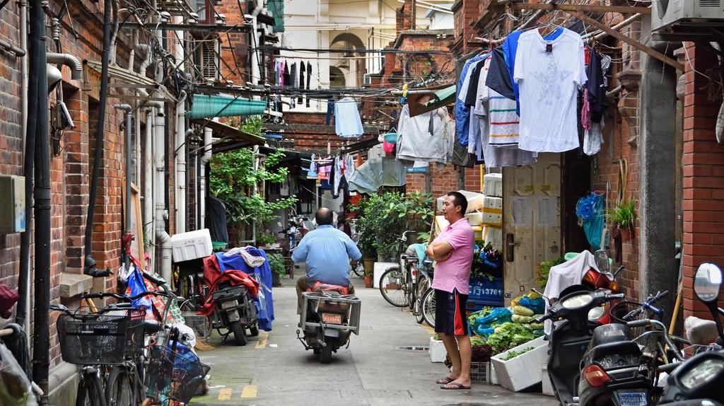 Tianzifang is characterised by narrow lanes
