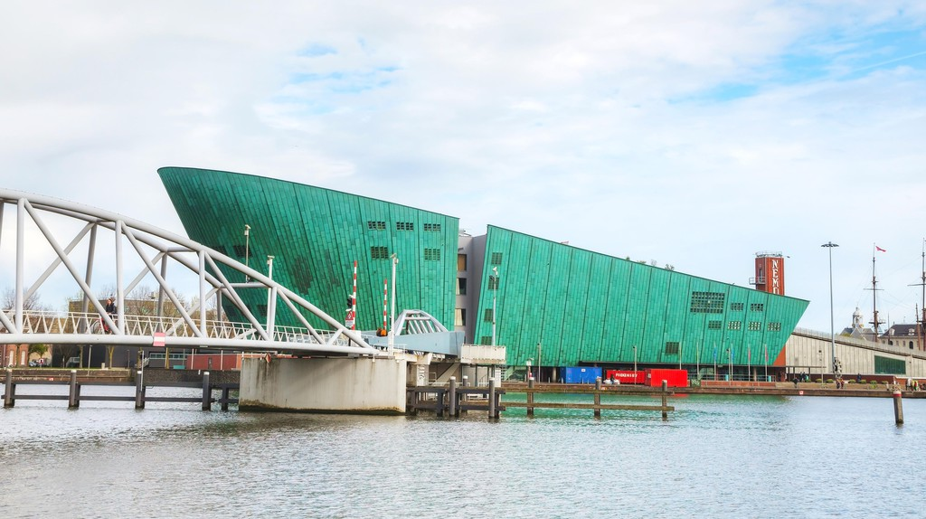 Celebrated Italian architect Renzo Piano designed the NEMO Science Museum in Amsterdam