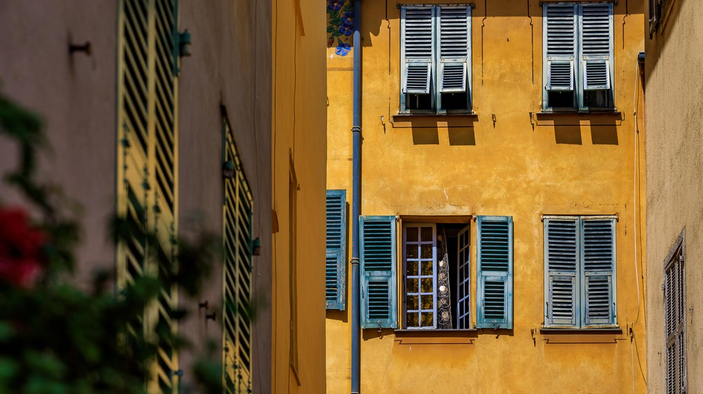 The glamorous Mediterranean city of Nice has a surprising number of budget hotels