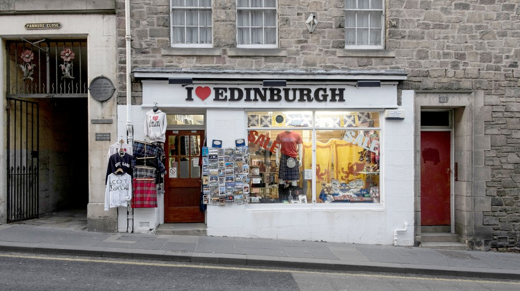 Pick up a souvenir to round off your trip to Edinburgh