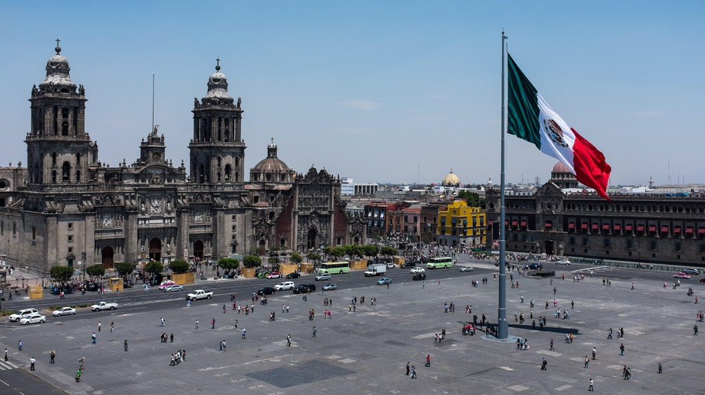 Stay in a hotel close to Mexico City's best attractions