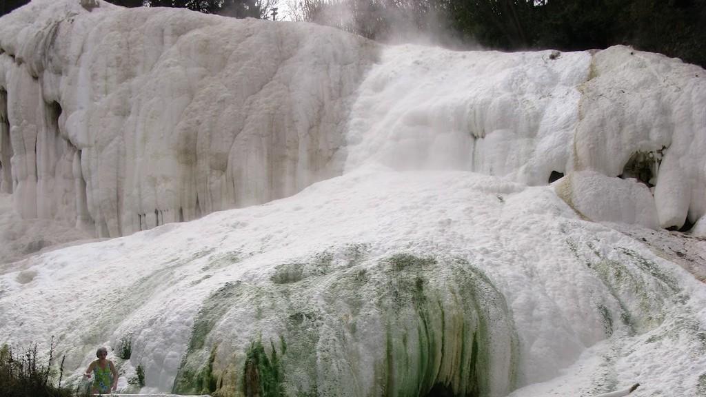 Bagni-San-Filippo-Fosso-Bianco-hot-springs