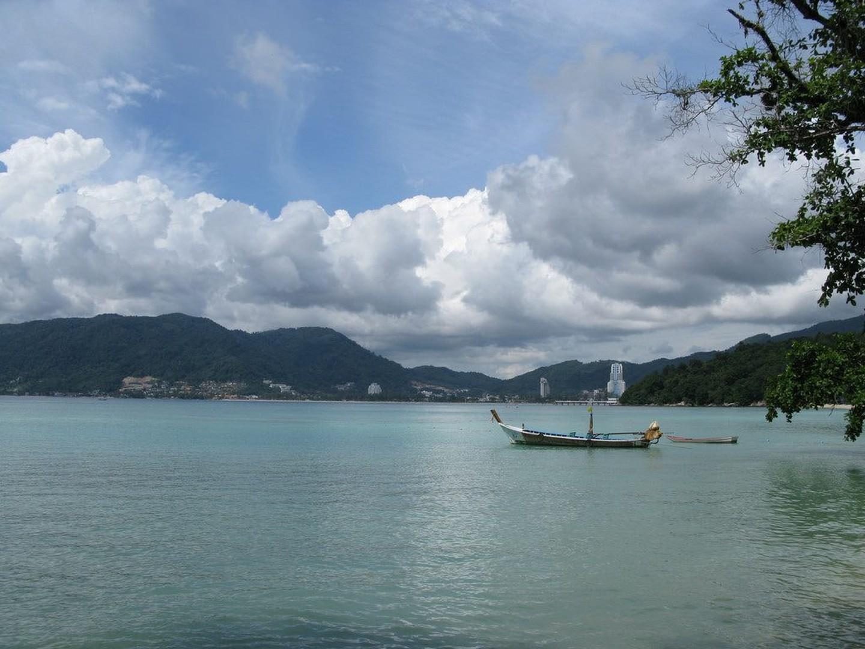 Barcos de cola larga en Tri-Trang