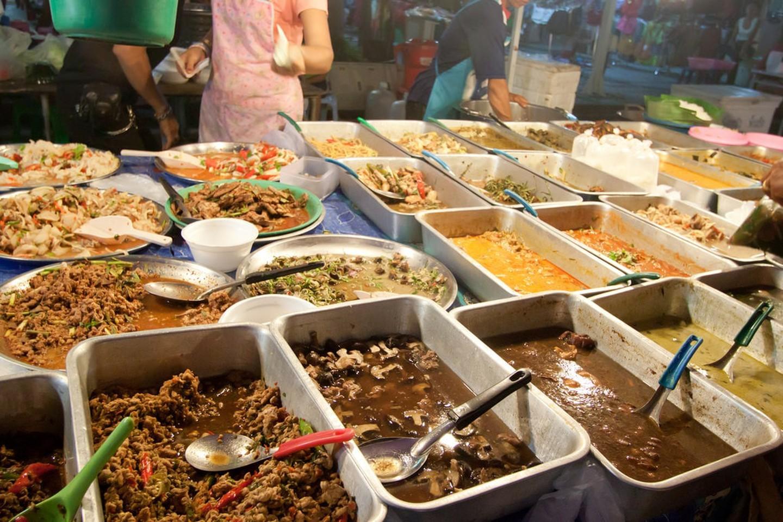 Comida del Mercado nocturno de fin de semana de Phuket