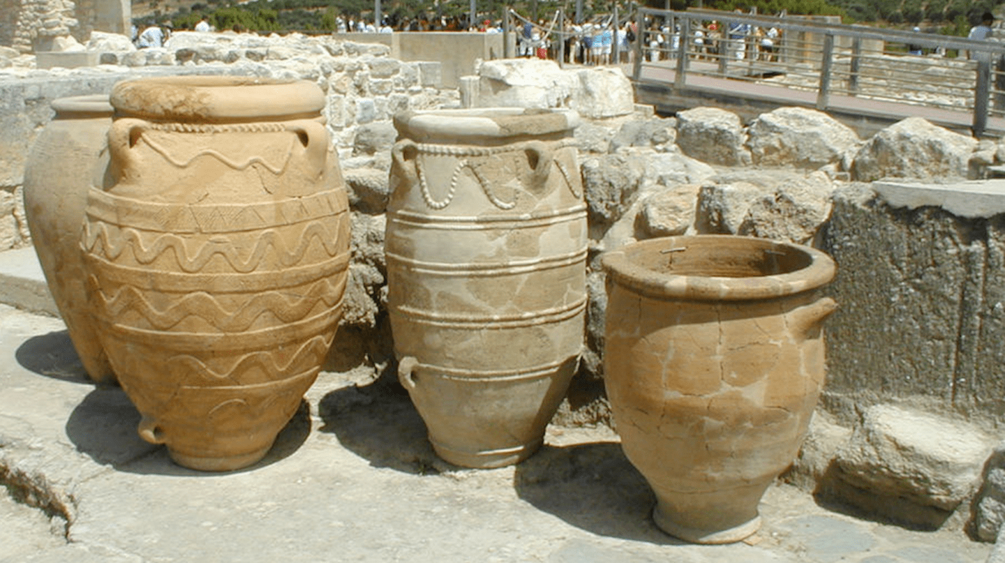 Knossos ceramics © m a g i e / Flickr