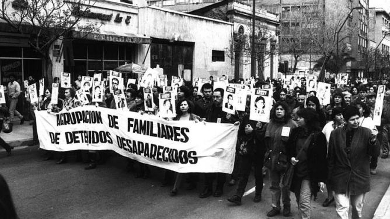 The Mothers of la Plaza de Mayo