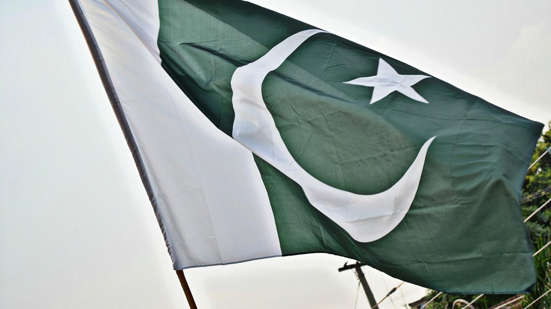 The Pakistani Flag   © SyedWasiqShah/Pixabay
