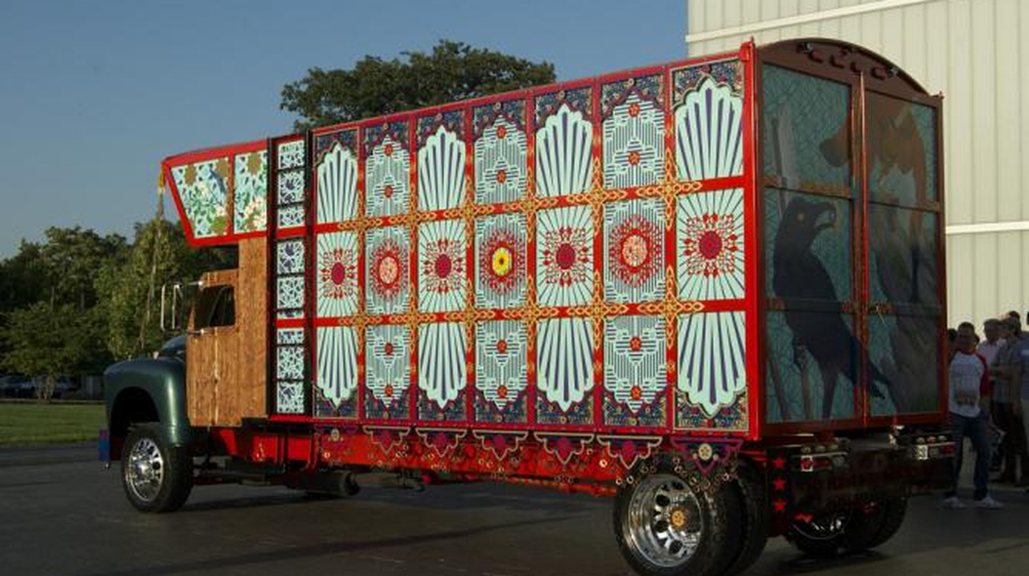 The Truck at the Nelson-Atkins Museum of Art, Kansas City   Photograph by Mark McDonald.
