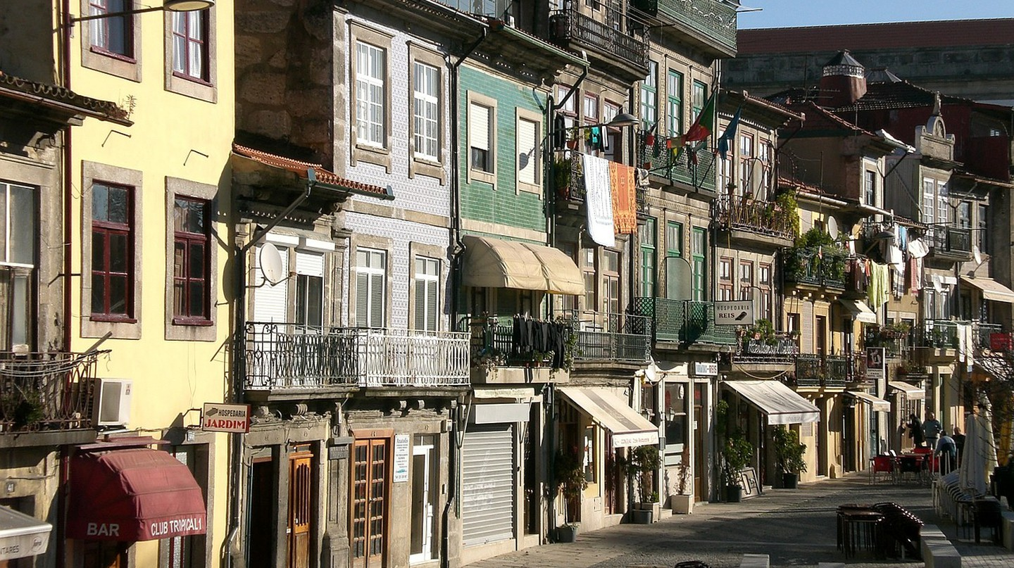 The Best Restaurants You Must Try in Porto, Portugal
