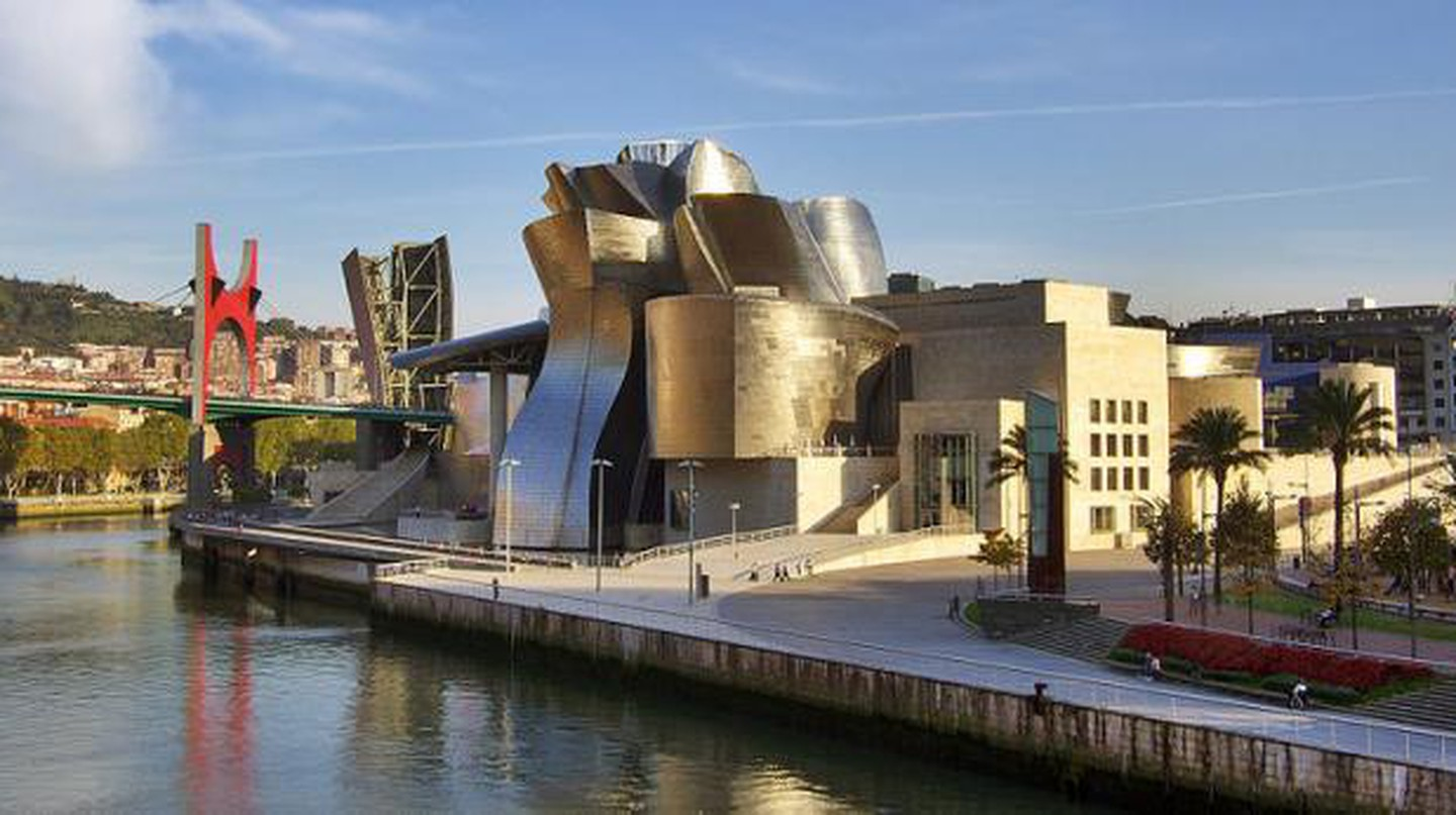 The Guggenheim Bilbao: Making Art History