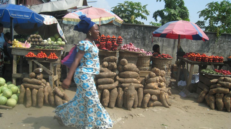Lagos Market |© satanoid/Flickr