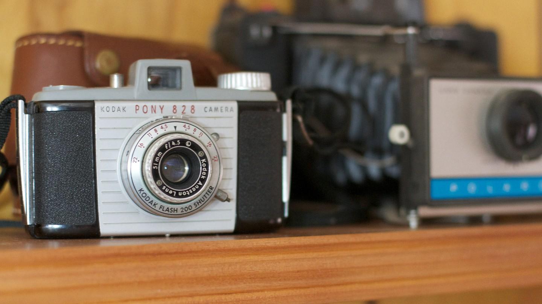 Vintage camera collection © Alan Levine / Flickr