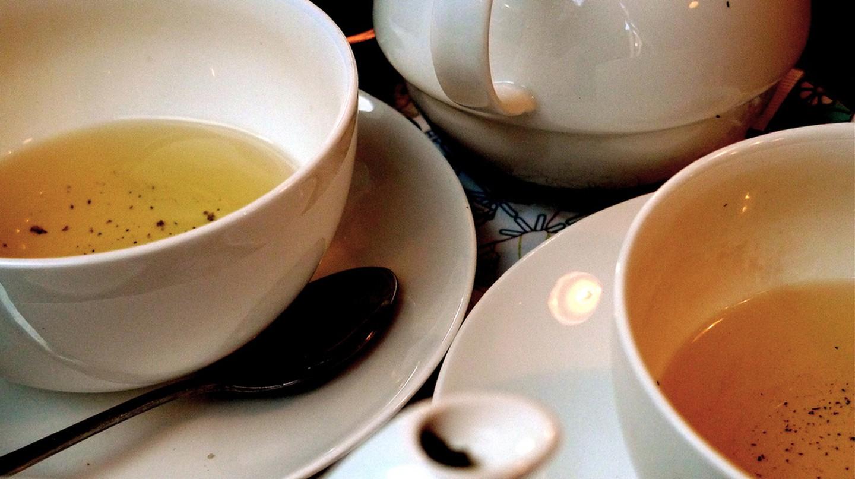 Tea at Yumchaa | ©Craig Morey/Flickr