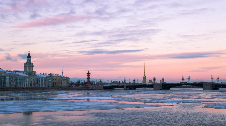 St. Petersburg   © Farhad Sadykov/Flickr
