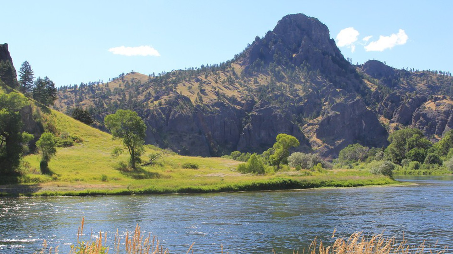 Wolf Creek Canyon and the Missouri River between Helena and Great Falls Montana © Sue Kunda/Flickr