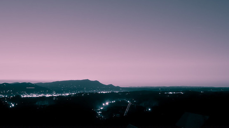 Sunset at Pigeon Forge © Ran Allen/Flickr