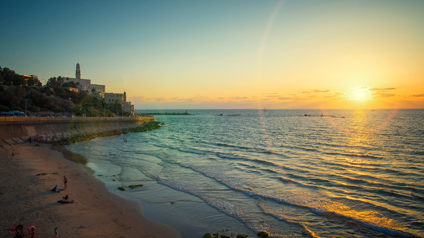 View of the old port in Tel Aviv at sunset, Old City of Jaffa © Badahos / Shutterstock