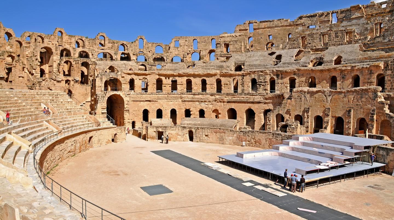 Tunisian Amphitheatre |© Dennis Jarvis/Flickr