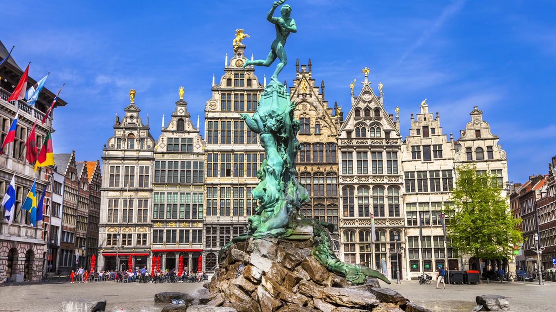 Traditional flemish architecture in Belgium | © leoks/Shutterstock
