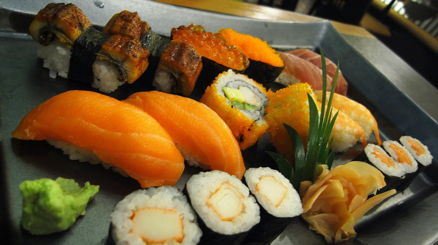 Sushi |© pittaya/Flickr