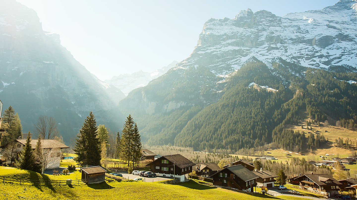 Grindelwald, Switzerland | ©Atibordee Kongprepan/Flickr