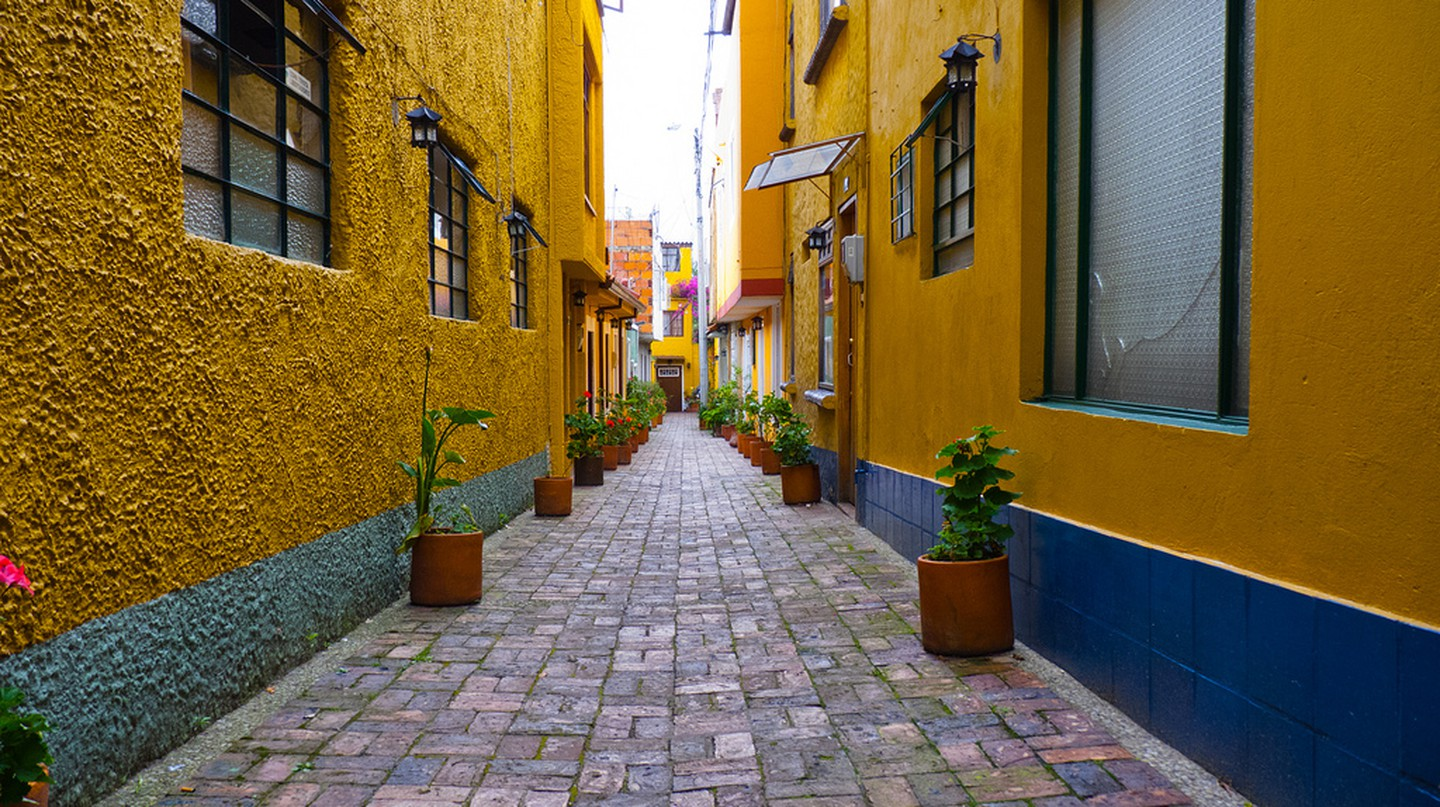 Vanishing colour, Bogota © Fernando Garcia / Flickr