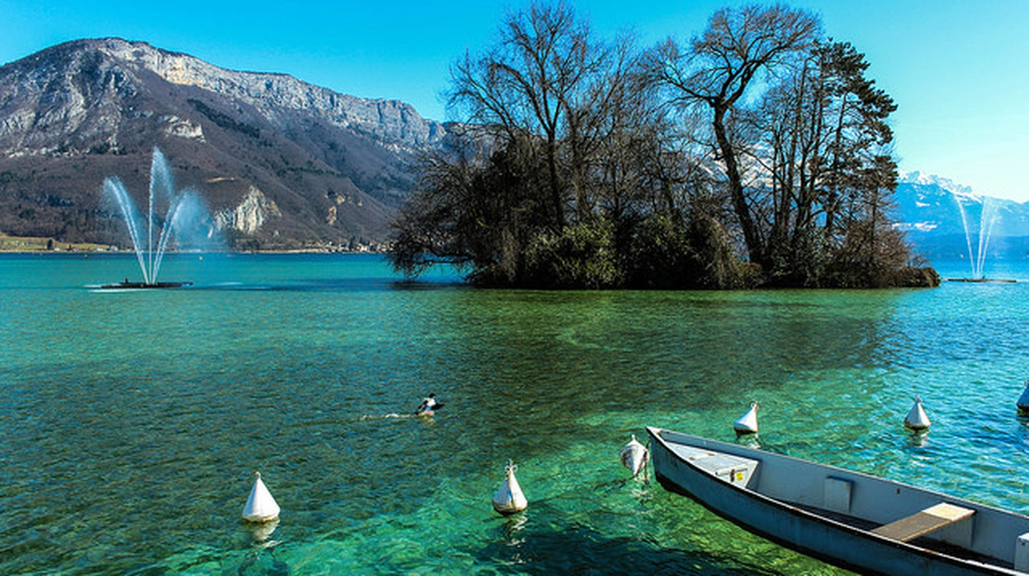 Lac d'Annecy, France I © Manu Dreuil/Flickr