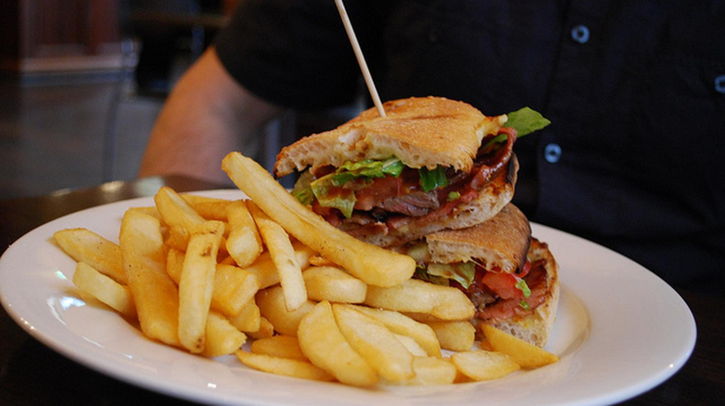 Steak Sandwich - Pugg Mahones AUD16 | © Alpha/Flickr