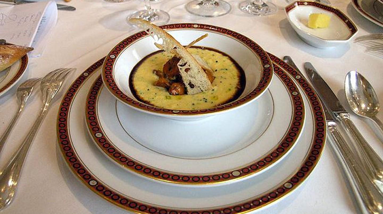 French haute cuisine | © Arnaud 25/Wikimedia Commons