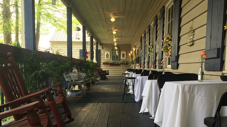 Cajun Landing Restaurant | Courtesy Cajun Landing Restaurant