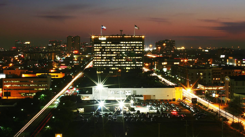 Midtown Houston at Night © Alex/Flickr