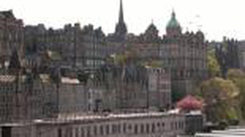 Scotland's Independence: Redefining a Scottish Literature