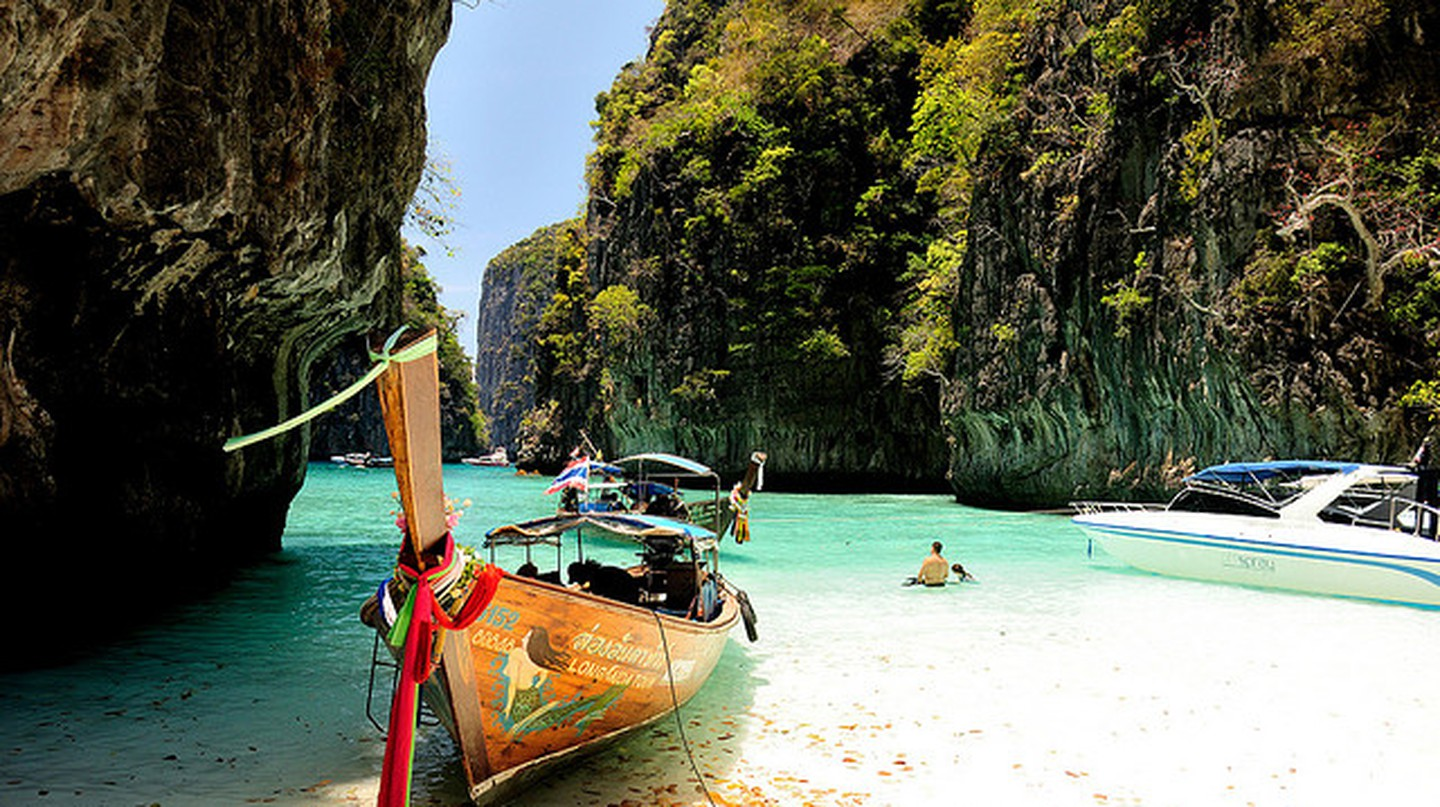 Phuket | © Earth-Bound Misfit, I/Flickr