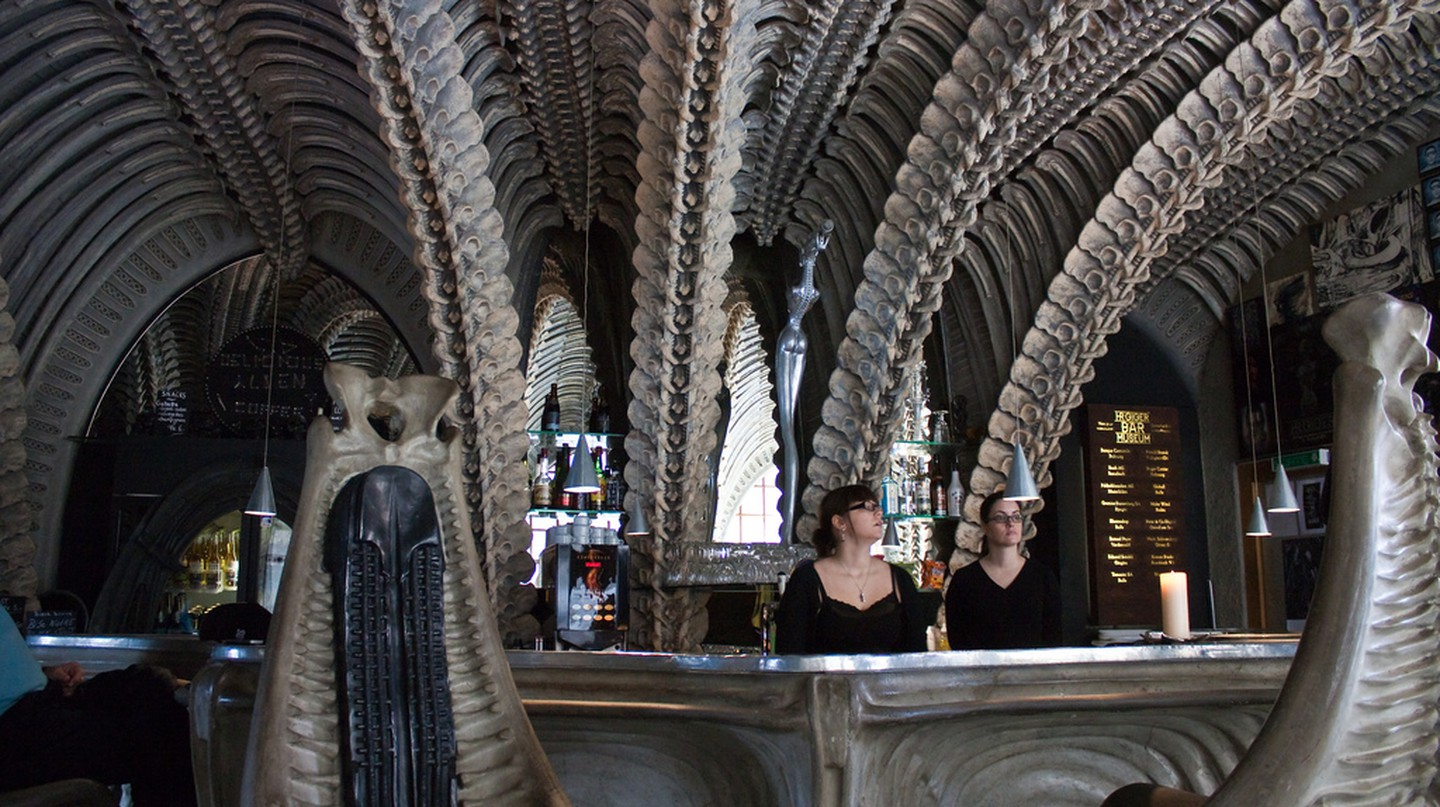 HR Giger Bar © Doggettx | Flickr