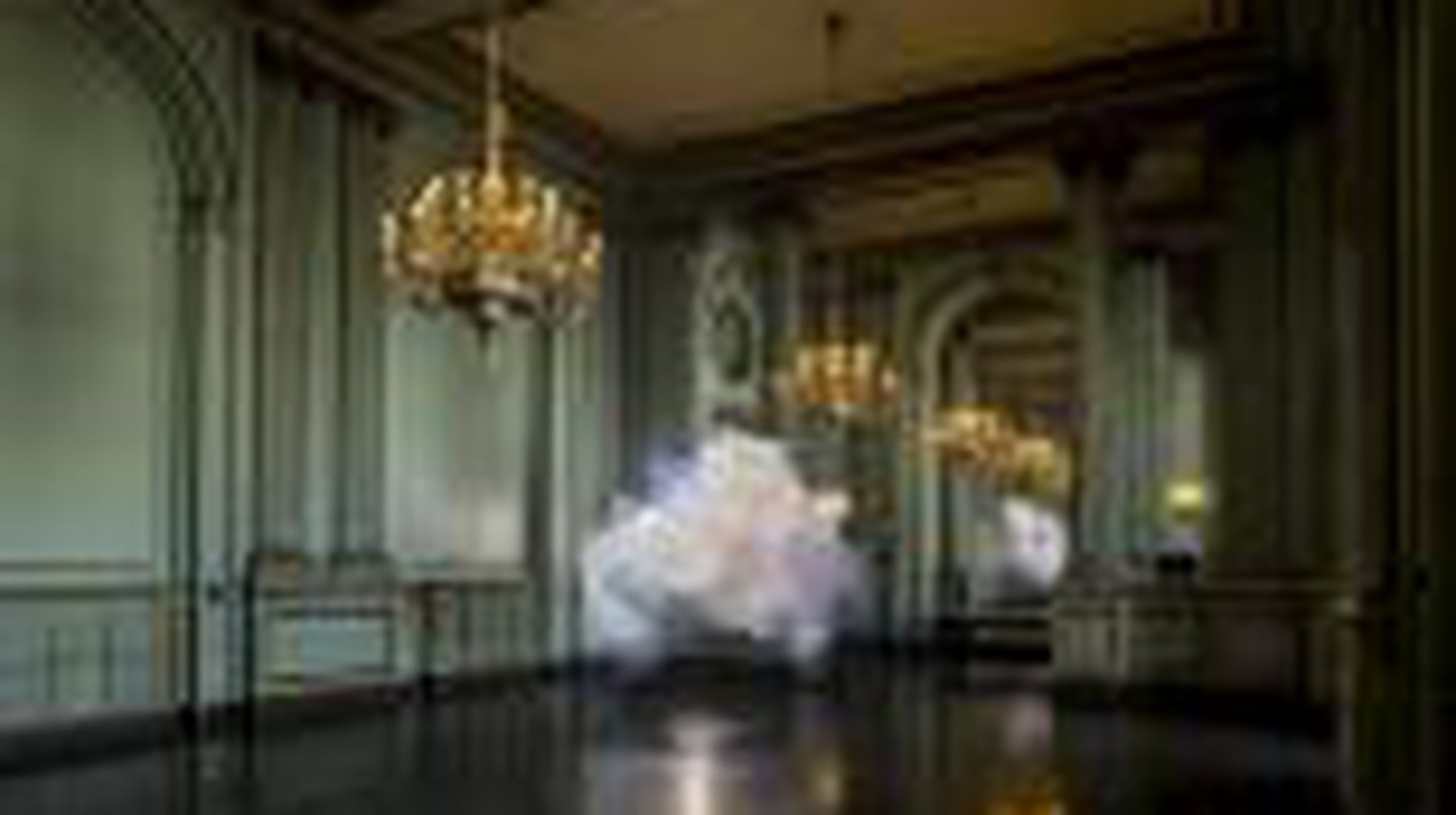Capturing the Ephemeral: Berndnaut Smilde's Surrealist Photographs of Indoor Clouds