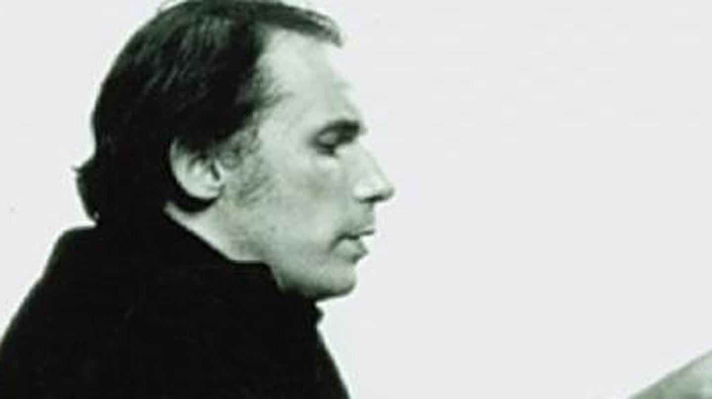 Glenn Gould: Canada's Eccentric Piano Genius