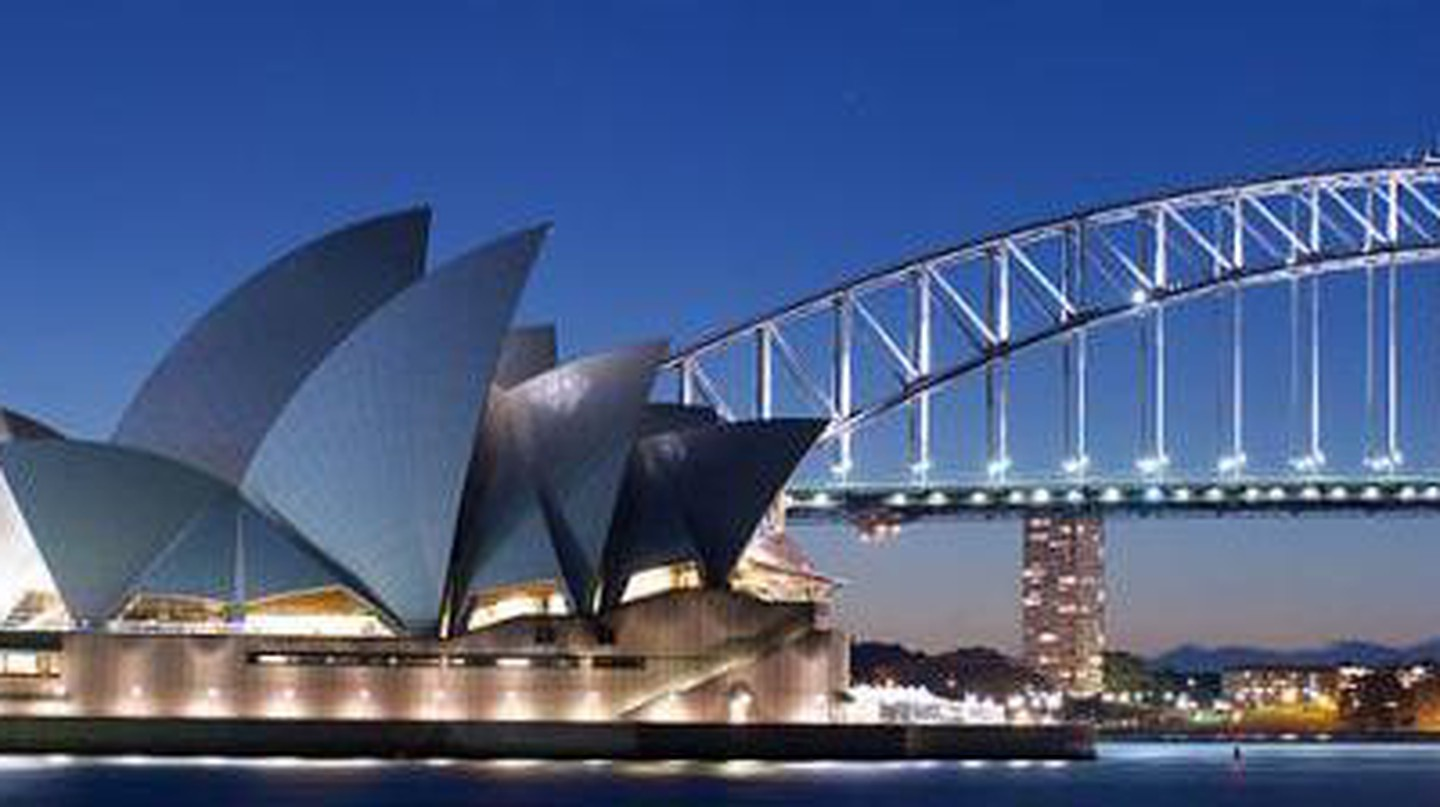 Jørn Utzon's Iconic Design for Sydney's Opera House