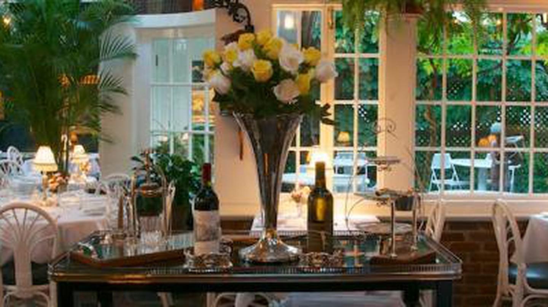 The 10 Best Restaurants In Martha's Vineyard, Massachusetts