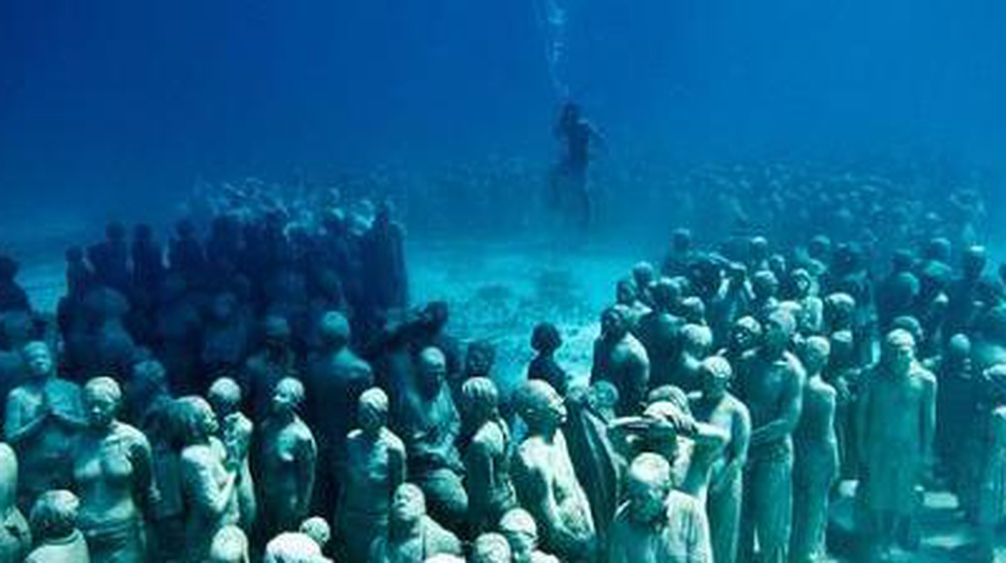 Diving Into Atlantis: Jason deCaires Taylor's Underwater Sculptures