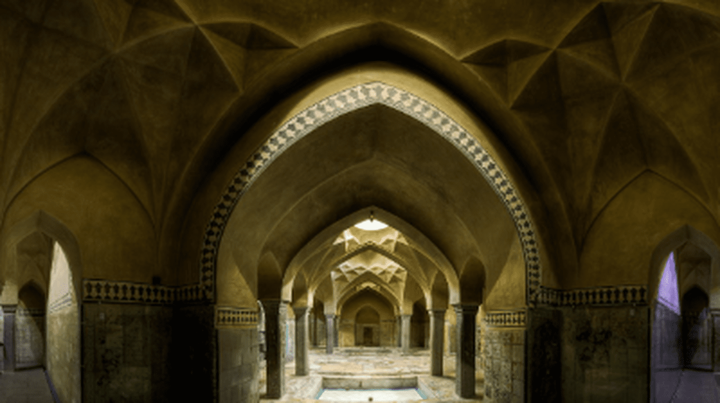 10 Beautiful Buildings in the Middle East