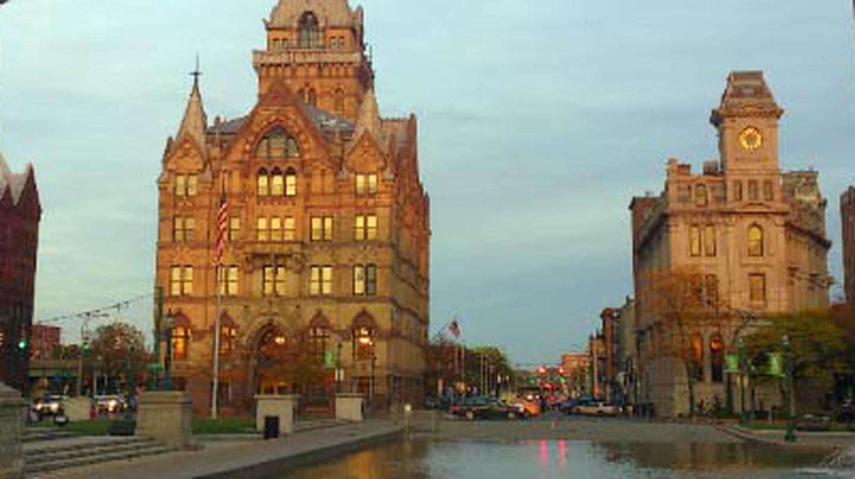 The 10 Best Restaurants In Syracuse, New York