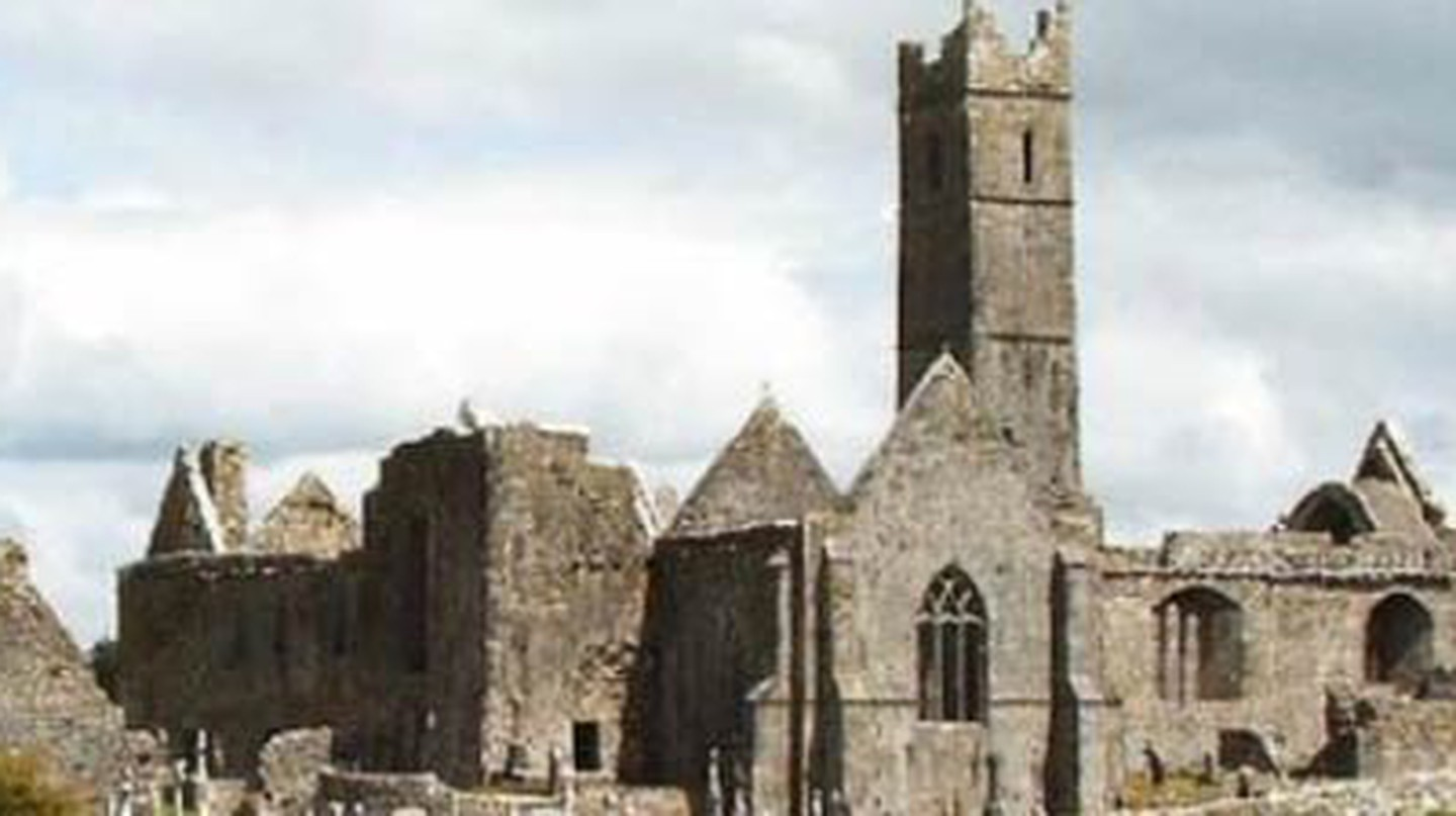 12 Stunningly Beautiful Ruined Abbeys & Churches