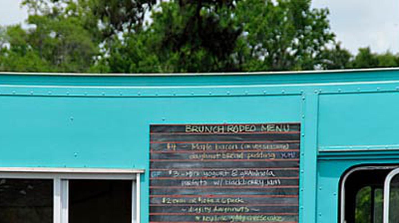 10 Food Trucks You Need To Try In Charleston, South Carolina