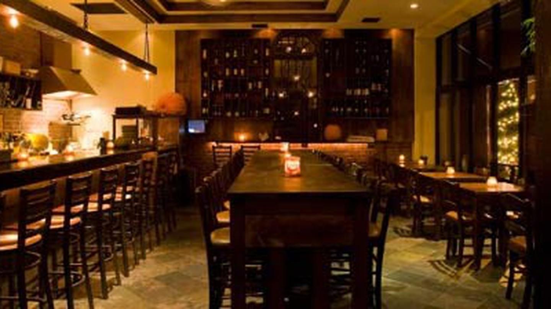 The 10 Best Wine Bars In Queens, New York