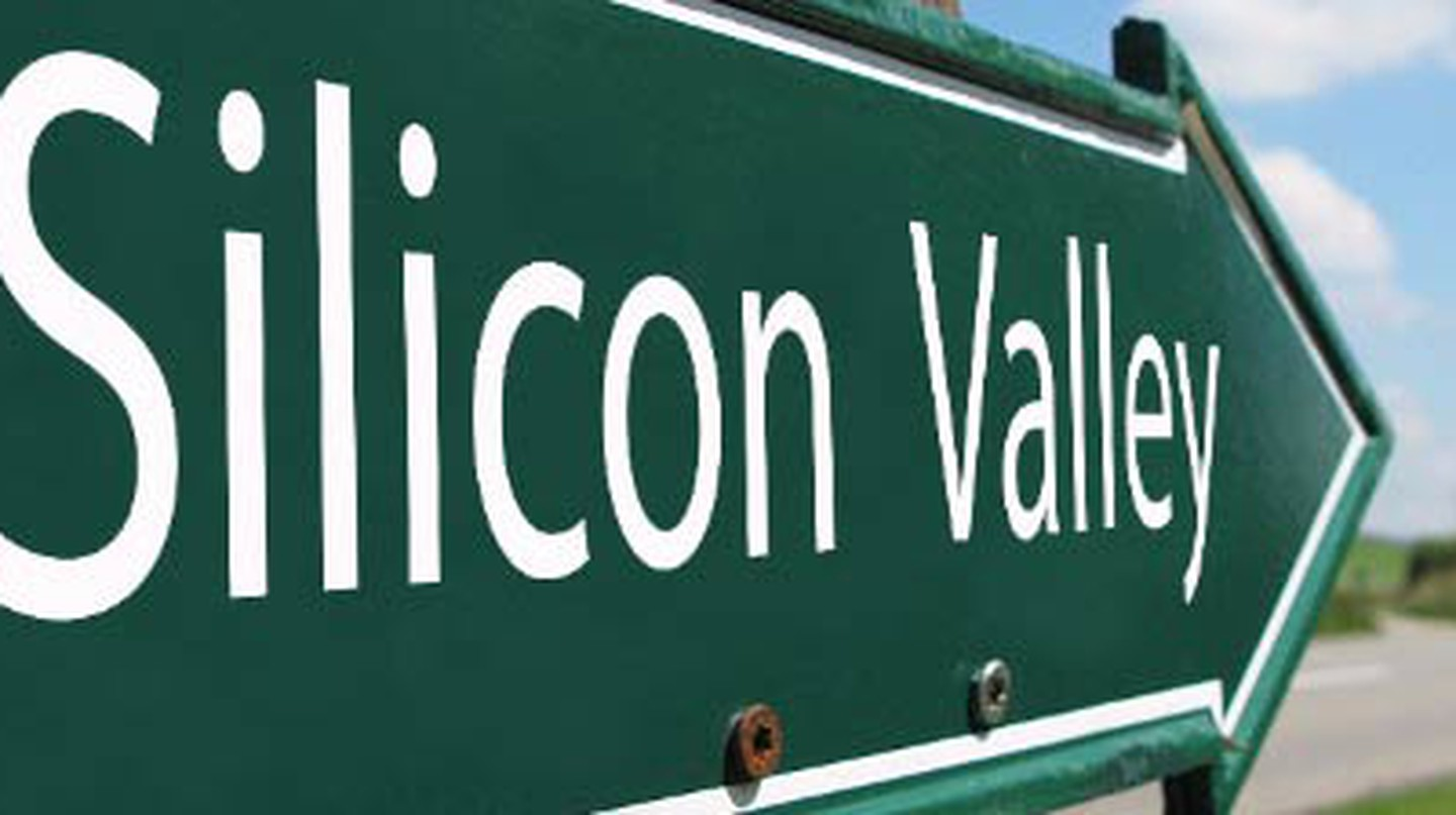 Places To Eavesdrop And Eat In Silicon Valley, California